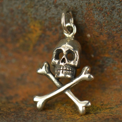 A1084   -SV-CHRM Sterling Silver Skull and Crossbones Charm