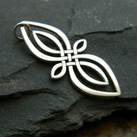 A1178   -SV-CHRM Sterling Silver Celtic Knot Charm - Infinity