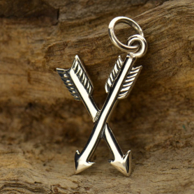 A1392   -SV-CHRM Sterling Silver Crossed Arrows Charm