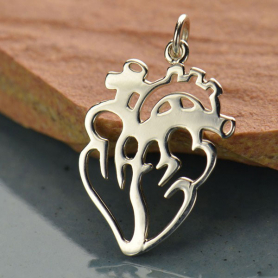 A1425   -SV-CHRM Sterling Silver Anatomical Heart Charm - Flat