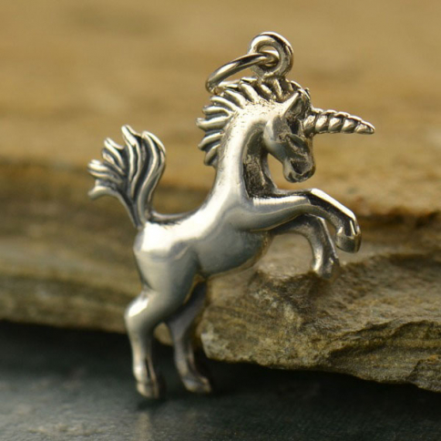 A1444   -SV-CHRM Sterling Silver Unicorn Charm - Animal Charms - 3D