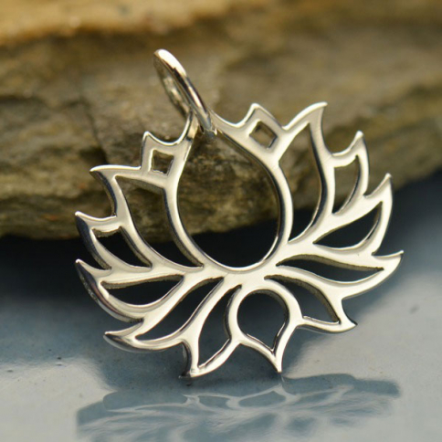 A1475   -SV-CHRM Sterling Silver Blooming Lotus Pendant - Symmetrical