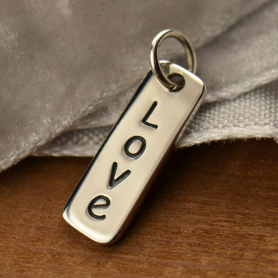 A1493   -SV-CHRM Sterling Silver Word Charm - Love - Vertical