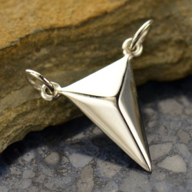 A1527   -SV-FEST Medium Triangle Pendant Silver Links DISCONTINUED