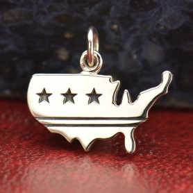 A1696   -SV-CHRM United States Charm with Stars and Stripes DISCONTINUED
