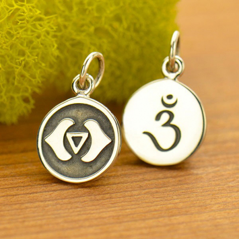 A1743   -SV-CHRM Sterling Silver Etched Third Eye Chakra Charm