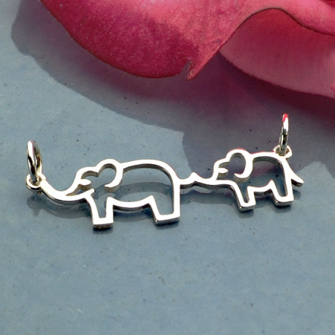A4028   -SV-FEST Sterling Silver Mama and Baby Elephant Festoon
