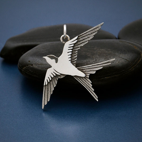 A4131   -SV-CHRM Sterling Silver Swallow Pendant