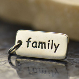 A491    -SV-CHRM Sterling Silver Word Charm - Family