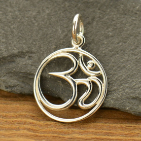 A501    -SV-CHRM Sterling Silver Om Pendant - Openwork - Circle
