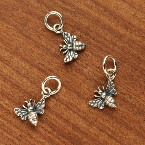 A6019L  -SV-CHRM Sterling Silver Tiny Honey Bee Charm - Left Side