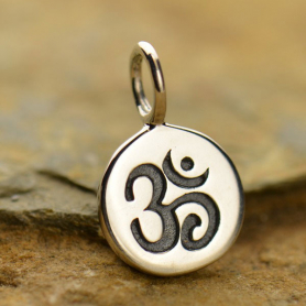 A646    -SV-CHRM Sterling Silver Small Round Charm with Etched Om