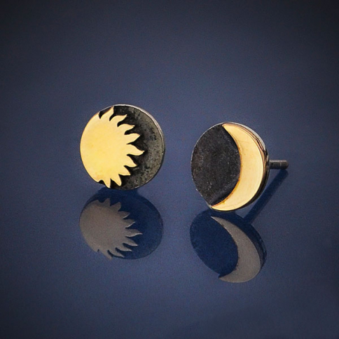 AT6258  -SV-EARR Sterling Silver Post Earrings with Bronze Sun and Moon 8x8mm