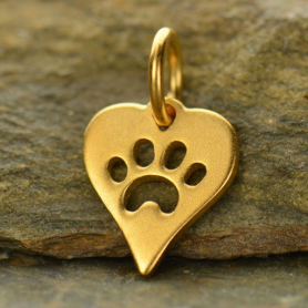 GA1161  -SV-GP1-CHRM Gold Charm - Heart with Paw Print in 24K Gold Plate