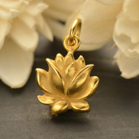 GA1635  -SV-GP1-CHRM Gold Charm - Med Textured Blooming Lotus with 24K Gold Plate