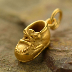 GA993   -SV-GP1-CHRM Gold Charms - Baby Shoe in 24K Gold Plate DISCONTINUED
