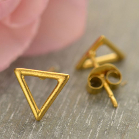 GT2962  -SV-GP1-EARR Gold Stud Earrings - Openwork Triangle with 24K Gold Plate
