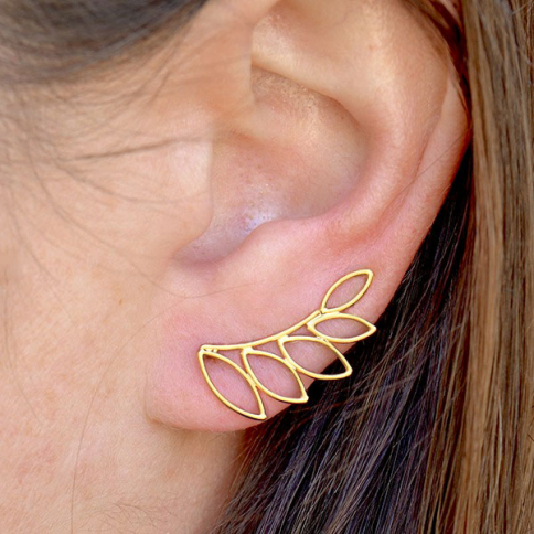 GT3172  -SV-GP1-EARR Gold Earring Climber-Leaf Shape in 24K Gold Plate