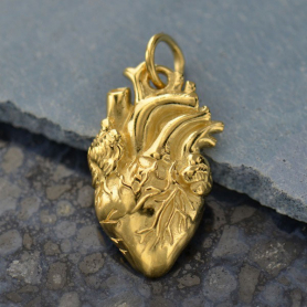 GXA1164 -SV-GP2-CHRM Gold Charm - Anatomical Heart with 14K Gold Plate