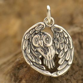 L402    -SV-CHRM Sterling Silver Owl Pendant - Realistic