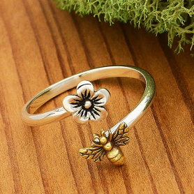 R64     -SV-RING Sterling Silver Adjustable Ring - Flower and Bee Ring