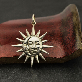 S6120   -SV-CHRM Sterling Silver Moon and Sun Pendant with Faces