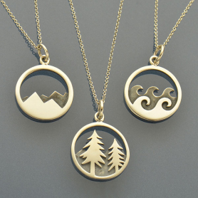 SET26   -SV-SETS Wanderlust - Mountain, Ocean and Pine Tree Charm Necklaces