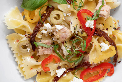 Simple Pasta Recipe with Sun Dried Tomatoes