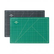 "Alvin 12"" x 18"" Green/Black Professional Self-Healing Cuttin"