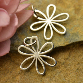 Sterling Silver Daisy Charm - Flower Charm - Medium