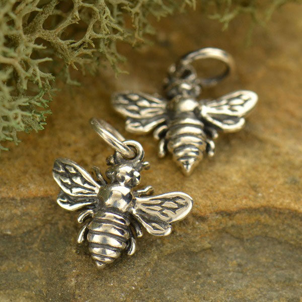 BULK 50pcs Bee Charms Antique Silver Bumblebee Charms Honeybee Charms Bracelet Bangle Bracelet Pendants #907