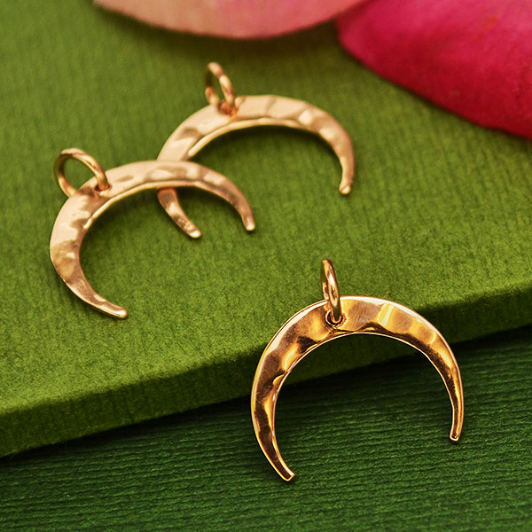 43x11x1mm Hammered Crescent Pendant U147 Rose Gold Plated Brass Crescent Moon Charms With 2 Loops