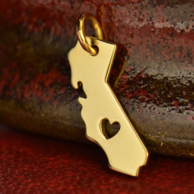 14K Gold Charm - California with Heart in Solid Gold 17x11mm