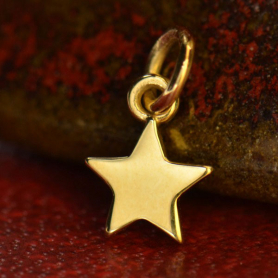 14K Solid Gold - Tiny Star in Solid Gold 12x6mm