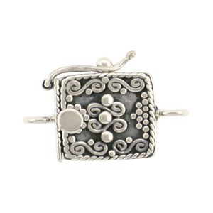Sterling Silver One Strand Box Clasp with Scrollwork 18x13mm