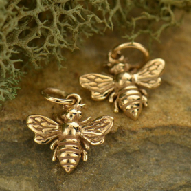 Small Bee Jewelry Charm - Bronze