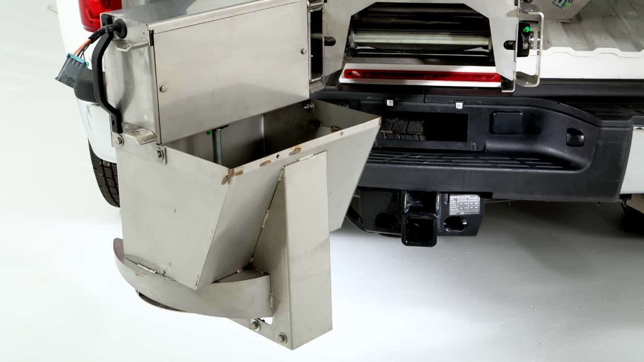 FISHER® Steel-Caster™ Spreader - DUAL SWING CHUTE
