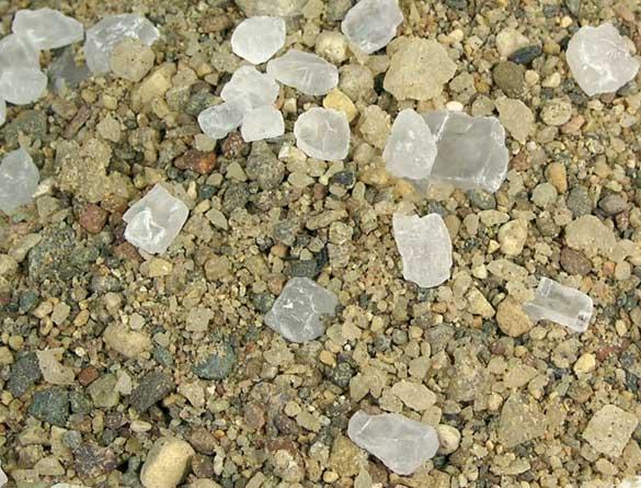 SnowEx Helixx™ Poly - Material - 50/50 Sand/Salt Mix