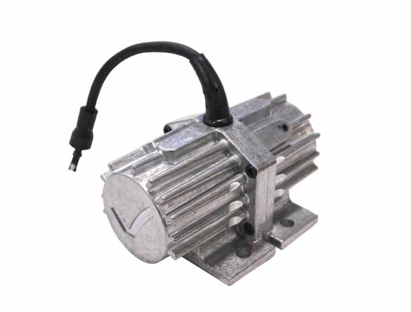 <strong><u>Vibrator</u></strong><br/>Attached to structural cross member, it vibrates the entire unit (tub and sill) to maximize flow of bulk materials.