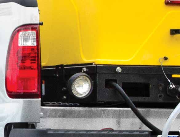 <strong><u>Work Light</u></strong><br/>Offers better visibility at rear of spreader during night applications.