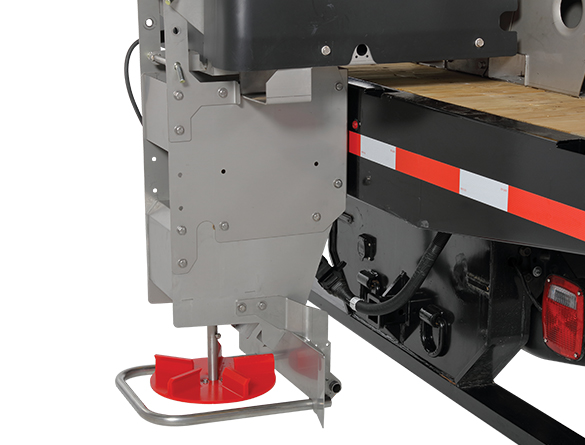 <strong><u>Spinner Height Adjustment</u></strong><br/>Three spinner height adjustments allow spreaders to achieve a consistent spinner height of 18 to 22 inches off the ground, regardless of vehicle type (Standard on 11800 and 11810 models).