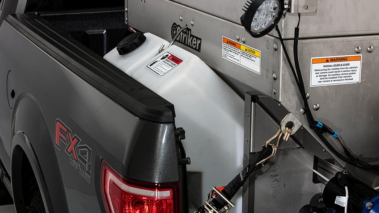 Western STRIKER™ 0.35 & 0.7 cu yd Stainless Steel Hopper Spreader