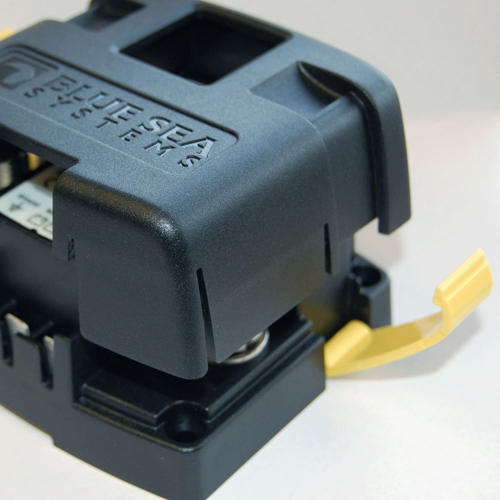 BS7610   AUTOMATIC CHARGING RELAY SI-SERIES 120A 12/24V