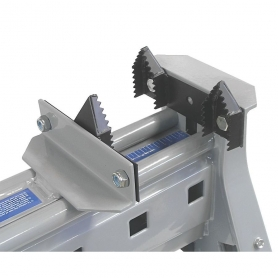 LOG JAWS ATTACHMENT FOR PORTABLE CLAMPING WORKSTATION
